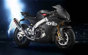 Aprilia RSV4 Wallpaper HD