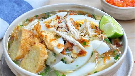 Resep soto ayam bening segar ala rumahan. Resep Soto Banjar Enak ala Rumahan - PortalMadura.com