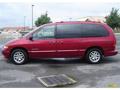 1998 Dodge Grand Caravan Red  200+ Interior And Exterior