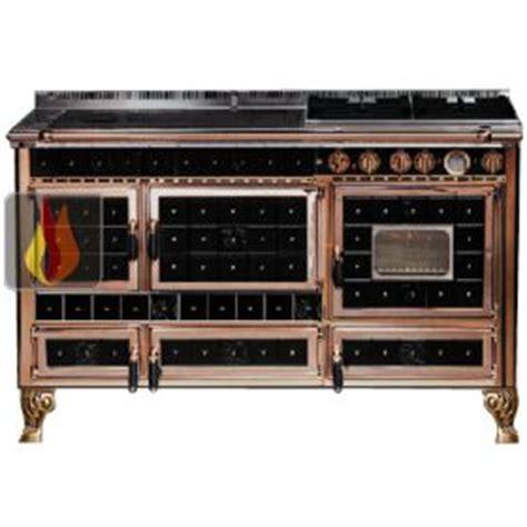 piano cuisine gaz piano de cuisson bois gaz et électrique 140cm avec 2