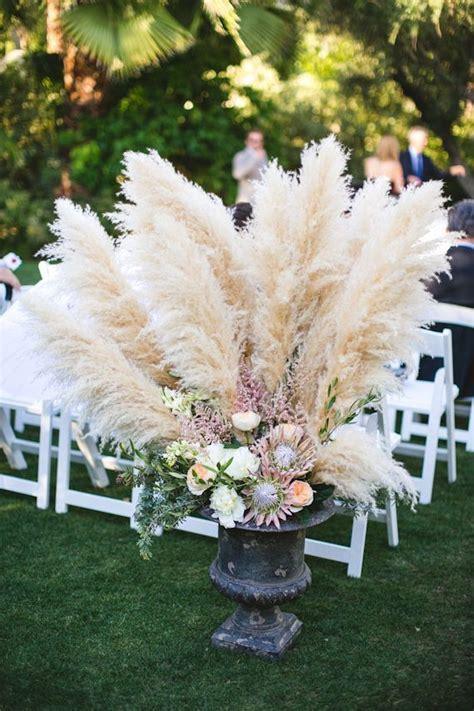 gorgeous grass   luxurious wedding decor