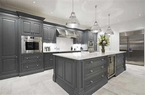images of country kitchens nine lovely kitchen islands country 4626