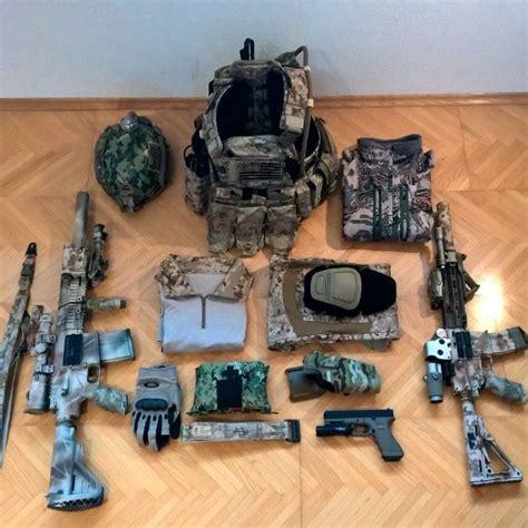 tactical loadout gear hk416 glock carrier plate aor1 aor2 geissele hk417 eotech equipment military edc rig chest youell maximilian belt
