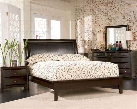 Coaster Phoenix Platform Bedroom Set Co200410set