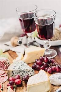 Wein Und Glas Essen : weinverkostung welche snacks passen zum wein ~ A.2002-acura-tl-radio.info Haus und Dekorationen