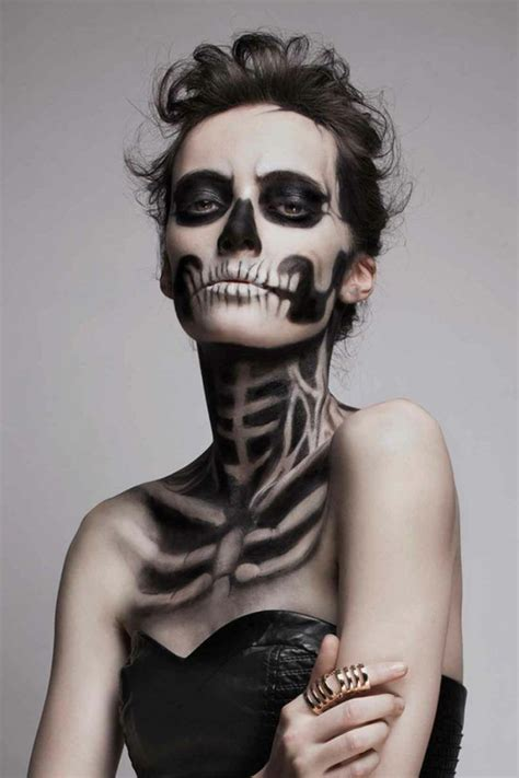 make up ideen leicht schminke f 252 r frauen skelett schwarz farbe hals