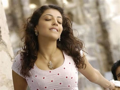 beautiful actress shooting kiss tamilcinestuff hot girls are one of the most beautiful