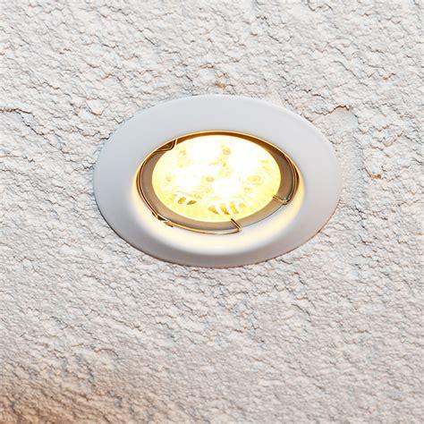 le de bureau halog鈩e remplacer le halogene par led 28 images eclairage eclairage de courtoisie bas de