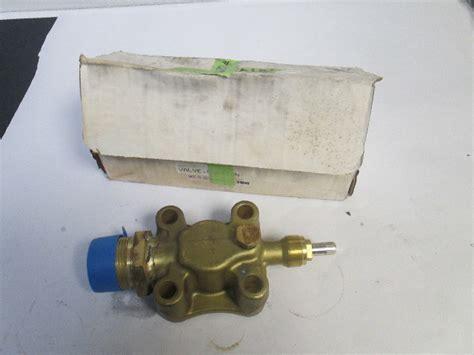 carrier   service suction valve compressor gillig transicold