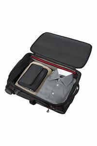 Reisetasche Auf Rollen : paradiver light reisetasche mit rollen 55cm rucksack schwarz ~ Markanthonyermac.com Haus und Dekorationen