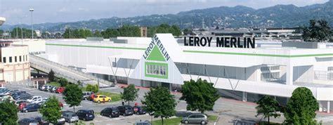 Leroy Merlin E Il Parco Commerciale In Corso Romania