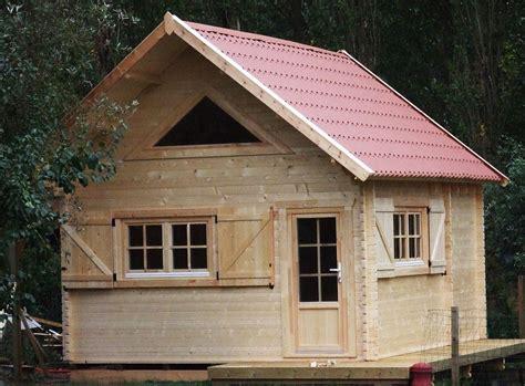 petit bureau en bois construction chalet de loisir chalets en bois habitable