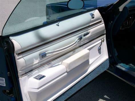 buy   oldsmobile cutlass supreme coupe  door