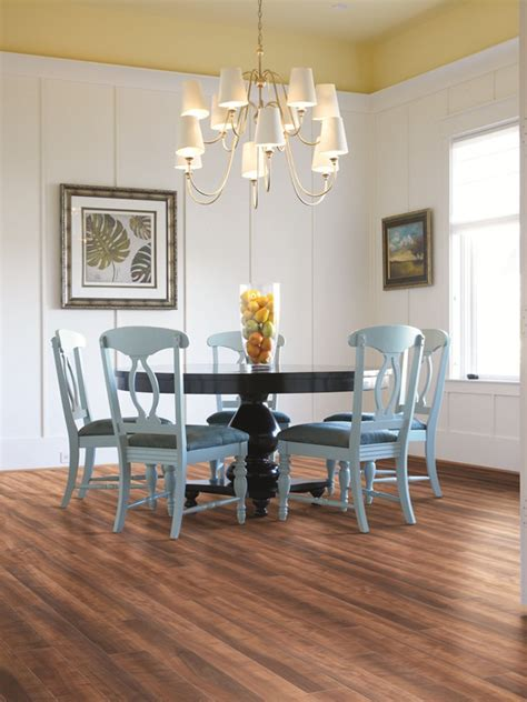laminate for kitchen floors shaw laminate skyview lake union grove pear 6763