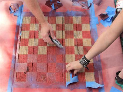 build  rustic checkerboard table  tos diy