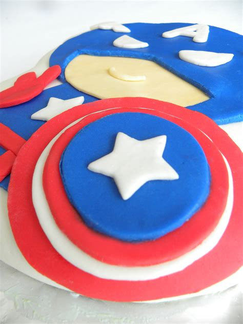 captain america pistachio cake   decorate