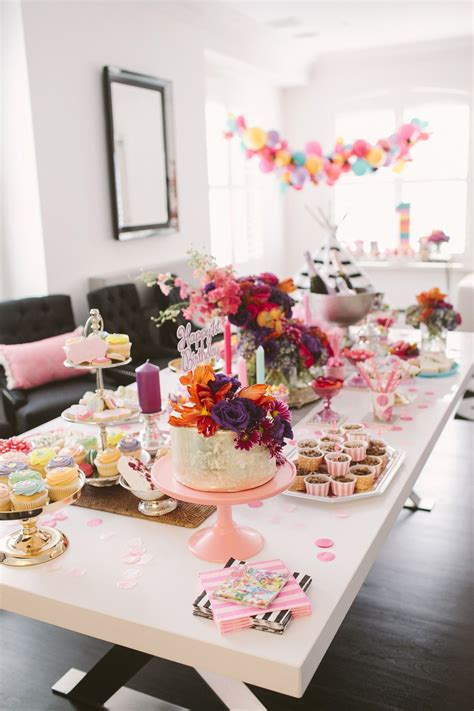 birthday party table setting decoration gedeckter