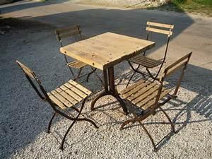 Table Bistrot Pliante : ensemble table creation et 4 chaises bistrot 1930 mettetal industry design industriel du ~ Teatrodelosmanantiales.com Idées de Décoration