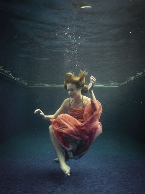 underwater portraits   attempt alexa clarke kent