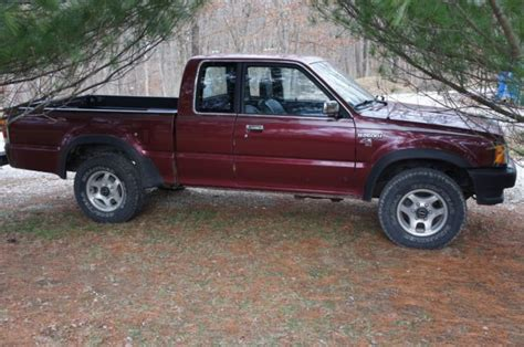 Mazda B2600i 4x4 Truck For Sale Photos, Technical