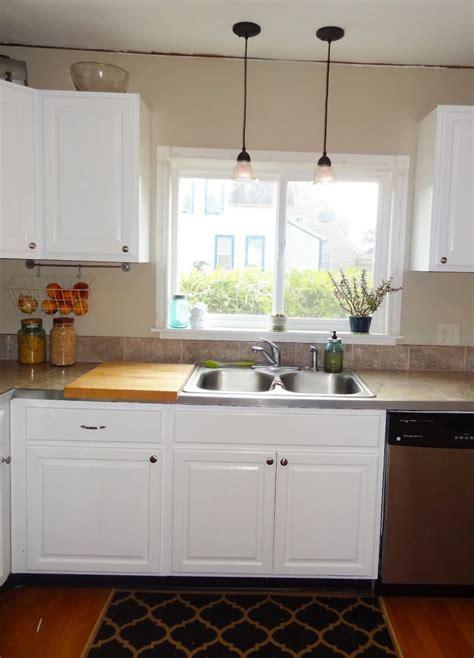 Over Kitchen Sink Lighting Ideas   HomesFeed