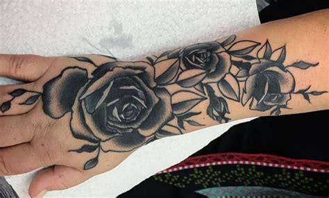 Brazo Disenos De Tatuajes De Flores Para Mujeres