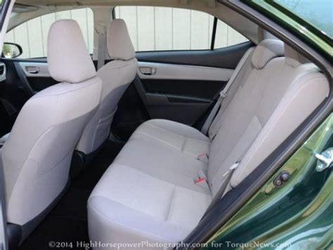 rear seats    toyota corolla le eco