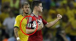 Gigantic insect lands on James Rodriguez shortly after ...