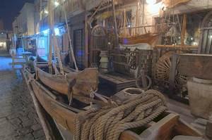 Photo 933-05: Antique shops in Souq Waqif (Old Market ...