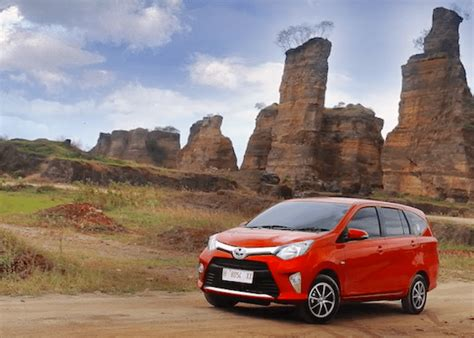 Toyota Calya Picture by Indonesia Best Selling Cars