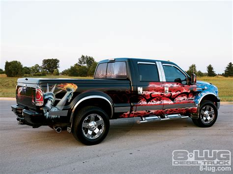2007 Ford F250 Super Duty Right Side Angle Photo 3