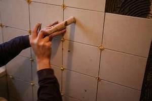 poser du carrelage mural pratiquefr With poser du carrelage mural cuisine