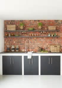 wohnzimmer braun einrichten über 1 000 ideen zu verblender auf steinwand wohnzimmer wände aus backstein und
