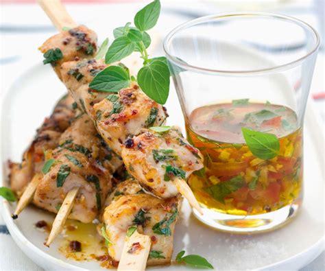 site de cuisine gastronomique barbecue recipe herbed rabbit skewers