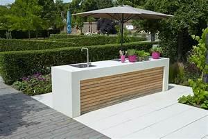 Outdoor Küche Beton : outdoor k che gartenk che aus hellem sichtbeton ~ Michelbontemps.com Haus und Dekorationen