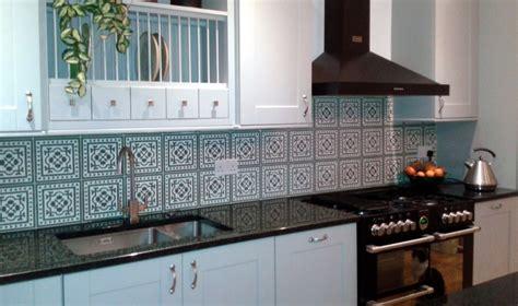 vintage kitchen tile backsplash retro tile backsplash tile design ideas 6835