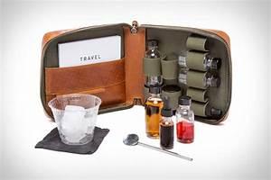 Kit A Cocktail : stephen kenn travel cocktail kit uncrate ~ Teatrodelosmanantiales.com Idées de Décoration