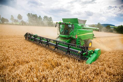 Explore our collection of wallpapers for your phones and tablets, filter them by device or by resolution and download freely everything you like! John Deere Combine wallpapers, Vehicles, HQ John Deere Combine pictures | 4K Wallpapers 2019