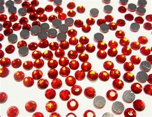 Orient Teppich Selbst Reinigen : hotfix strasssteine rot feuerrot 6mm glas strass aaa ~ Lizthompson.info Haus und Dekorationen