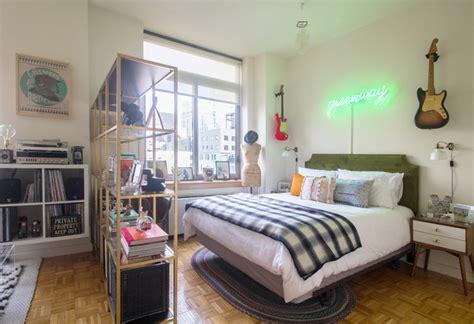 ways  fake  bedroom   studio apartment
