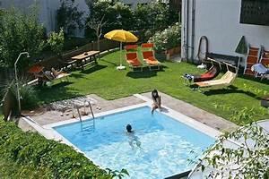 Schwimmbecken Im Garten : eigenes schwimmbecken im garten der weg zu ihren tr umen ~ Sanjose-hotels-ca.com Haus und Dekorationen