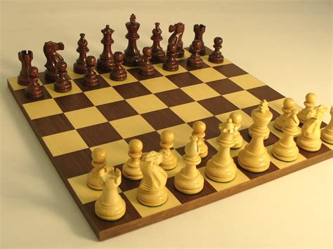 How To Play Chess-clickhowto