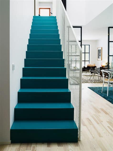 chambre bebe beige escaleras pintadas diseño y originalidad peldaño a