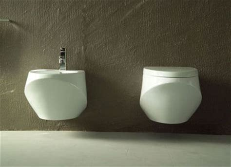 Do Use Bidets - how to use a bidet