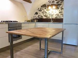 Table De Cuisine En Bois : table de salle manger en vieux bois et acier ~ Teatrodelosmanantiales.com Idées de Décoration