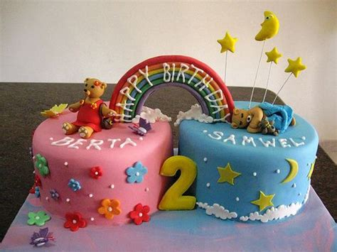 twin birthday cakes  pinterest fondant cakes kids