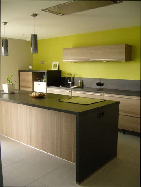 mur cuisine couleur mur cuisine bois cuisine bois couleur mur