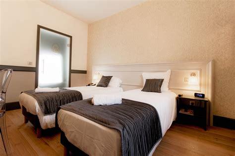 chambre lits jumeaux lits jumeaux adultes maison design wiblia com