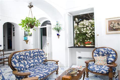 excellent apartment  rent  capri italy
