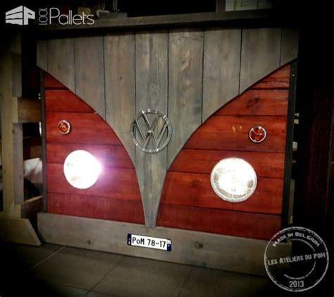vw pallet bar bar vw combi en bois de palette  pallets